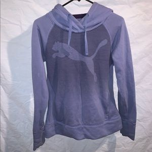 Woman's PUMA small pullover hoody